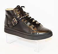 Ботинки женские на шнурке Favi 0030