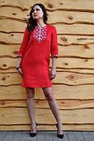 Вышитое платье из льна красное