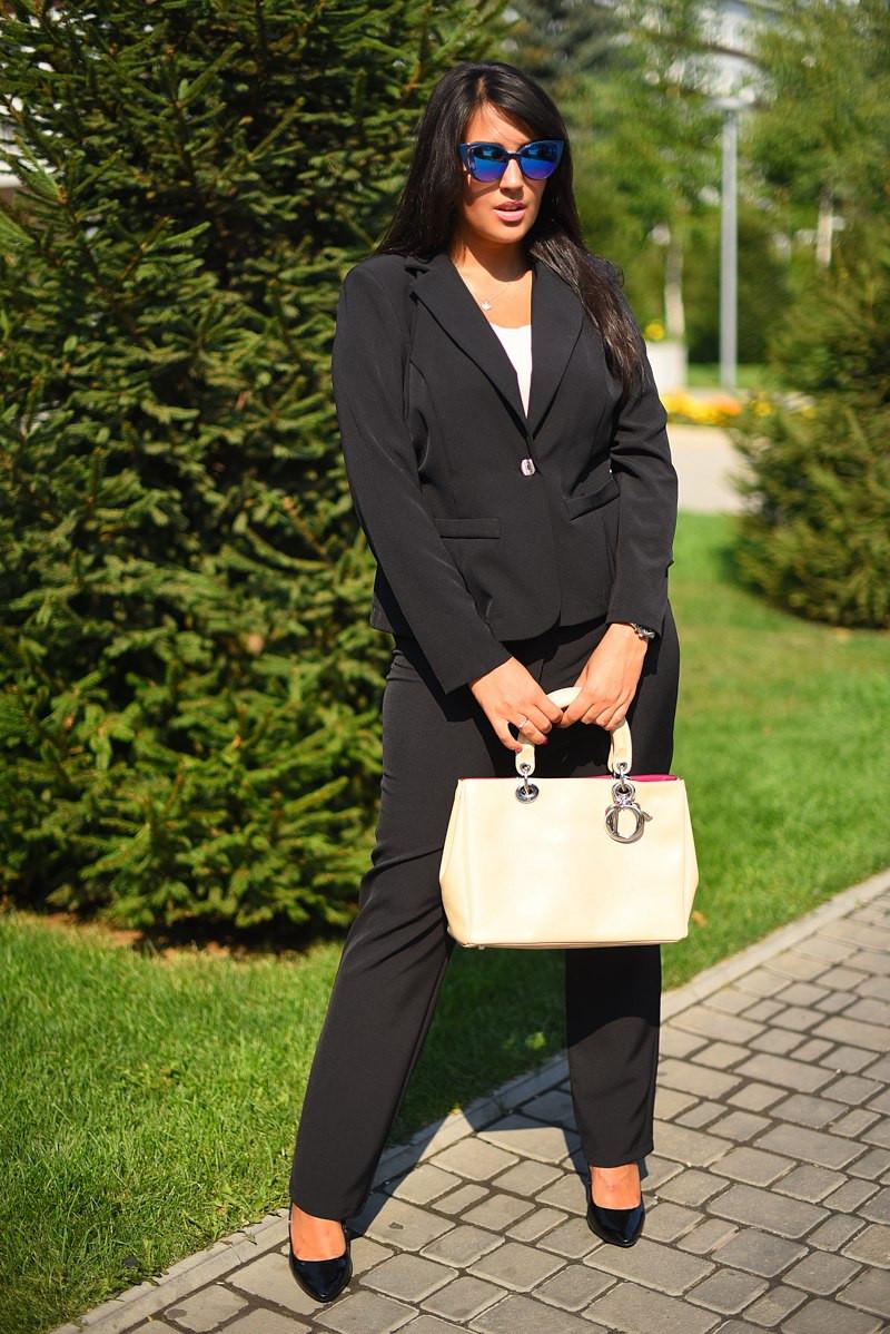 """Элегантный женский брючный костюм в больших размерах 8021-1 """"CLASSIK"""" в расцветках"""