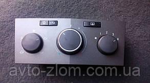 Блок управления печкой/климатконтролем Opel Astra H. 13201300.