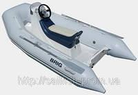 Пластиковая лодка Brig F300Sport с рулевым управлением