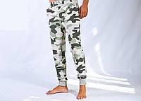 Мужские трикотажные спортивные брюки  NIKE на манжете камуфлированные