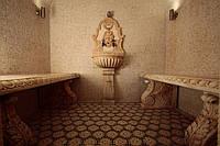 Баня из мрамора в Харькове