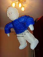 Космонавт из воздушных шаров