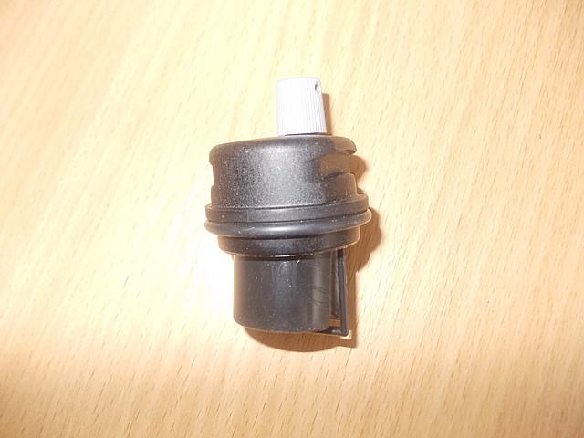 Воздушный клапан пластиковый