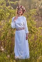 Белое вечернее вышитое платье из льна