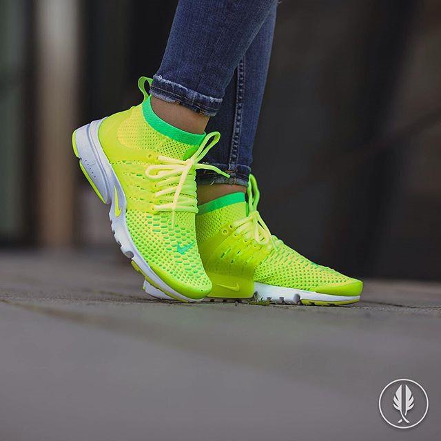 "Кроссовки мужские Nike Air Presto Flyknit Ultra ""Voltage Green"" / ARP-111 (Реплика)"
