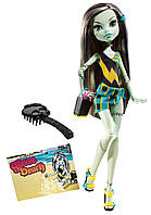 Monster High кукла Фрэнки Штейн (Frankie Stein) из серии Мрачный Пляж