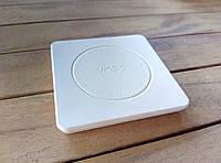 Беспроводное зарядное устройство VINSIC White