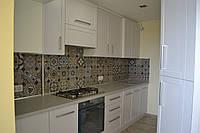 Кухня с фрезерованными фасадами