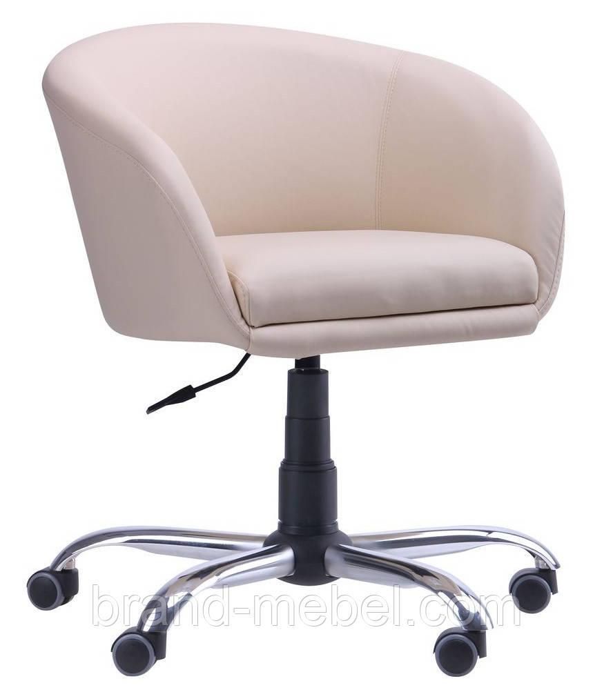 Кресло Дамкар на роликах