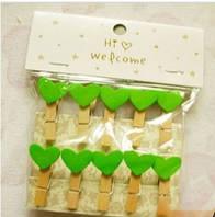 Декаративные прищепки - зеленые сердечки