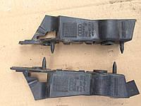 Кронштейн бампера передний левый Audi a4 8K0807283
