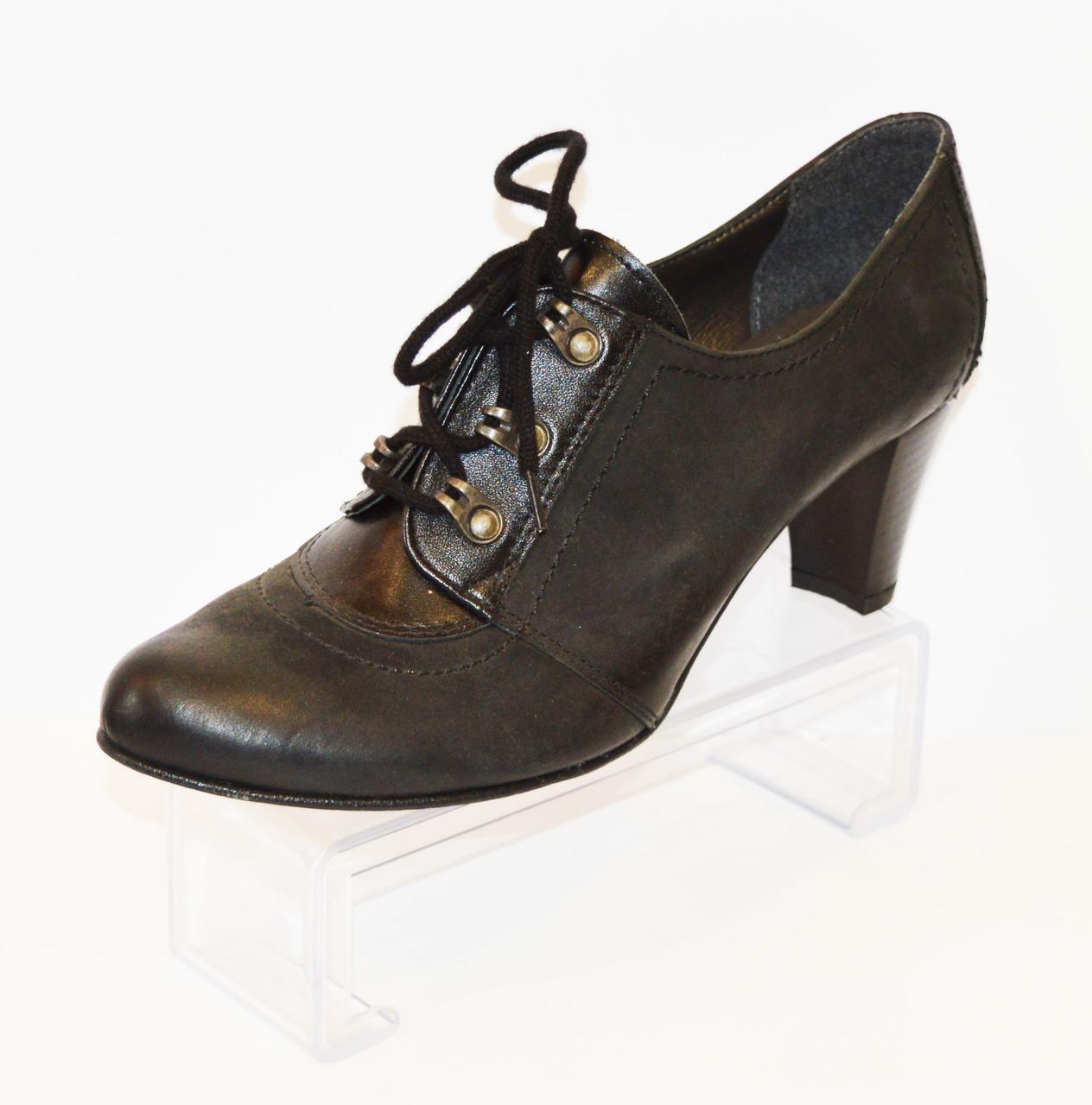Женские туфли на шнурке Marco