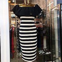 Платье миди  в полосочку с оборкой по вырезу горловины