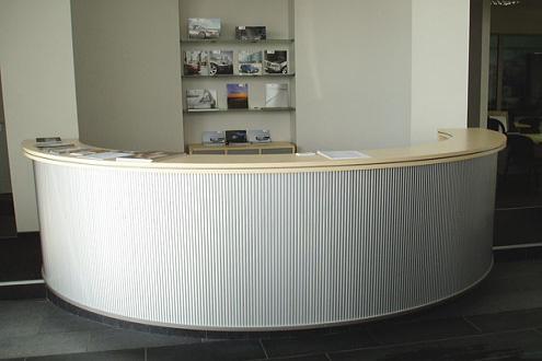 Мебель и кресла для автосалона BMW