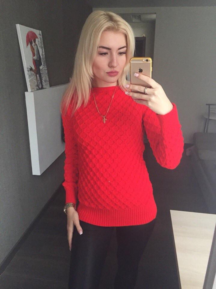 Вязаный свитер Соты, красный