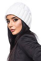 """Теплая вязанная женская шапочка, крупная вязка """"Косичка"""", белая"""