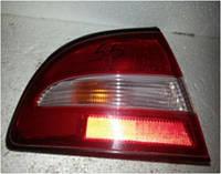 Фонарь внешний левый задний Mitsubishi Galant 1993-1996 года. Код MR124263. БУ