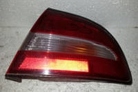 Фонарь внешний правый Mitsubishi Galant 1993-1996 года. Код MR124264. БУ