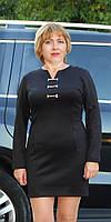 Платье женское  полубатал с аксессуаром на груди черное