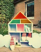 Игрушечный домик  из дерева 10 комнат с подвесными облаками
