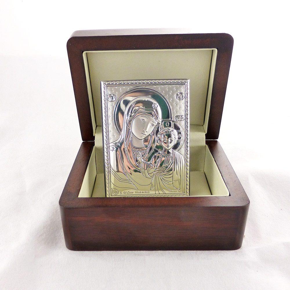Казанська ікона в дерев'яній скриньці