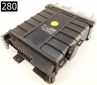 Электронный блок управления ЭБУ Audi 80 90 Coupe 2.0 88-90г 3A