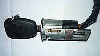 Замок зажигания (ключ 2 кнопки) Renault Trafic / Vivaro 01> (OE RENAULT)