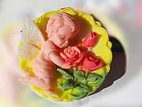 Ангелочек с розами 2D
