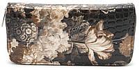 Стильный недорогой коричневый женский кошелек барсетка на молнии с цветами