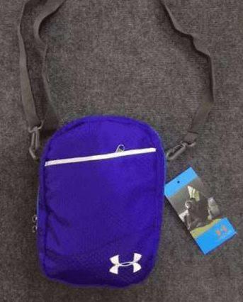 Качественная спортивная сумка мессенджер через плечо Under Armour 163, синий