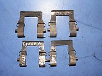 Скобы передних тормозных колодок MR 389599 Mitsubishi colt galant space wagon