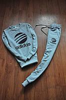 Стильный спортивный костюм трикотажный Adidas серый
