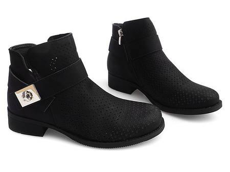 Женские ботинки Colins
