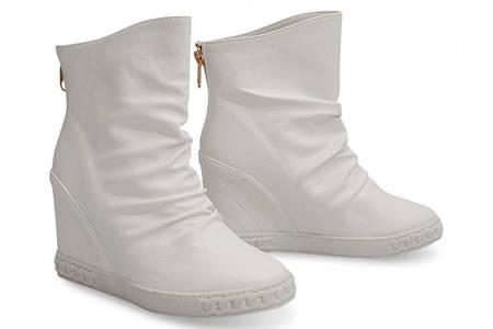 Модные женские сникерсы белого цвета! Мега стильные, украшенные молнией! Рекомендую!