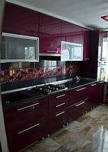 Кухня  с крашеными фасадами из МДФ под заказ