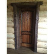 Состаренные двери из натурального дерева от производителя