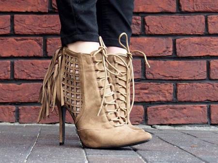 Женские ботинки DOVE