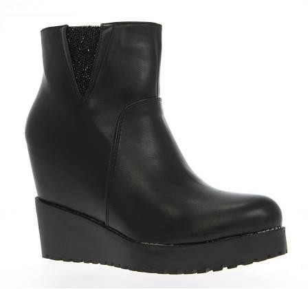 Женские ботинки ODETTA