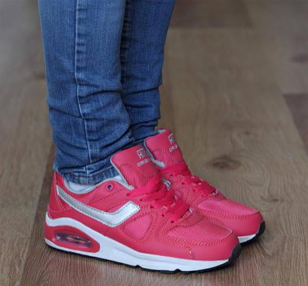 Женские кроссовки ELEA