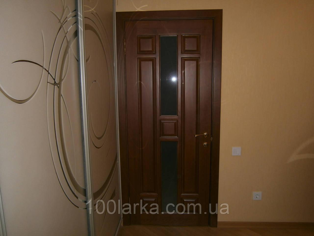 Двері міжкімнатні дерев'яні (ясен) в Києві