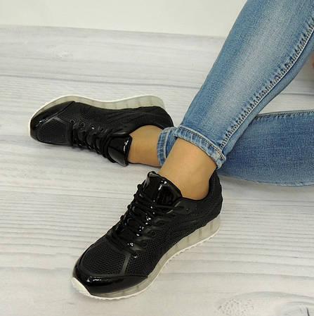 Женские кроссовки Хелли