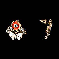 """Серьги-пусеты """"Бабочка на цветке"""" \эмаль цветная \стразы \металл под """"золото"""" \35×15mm"""