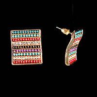 Серьги-пусеты Квадрат, цветные стразы, металл под золото, 20мм