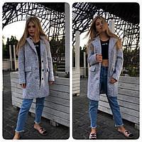 Женское пальто свободного кроя