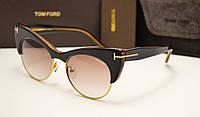 Женские солнцезащитные очки Tom Ford 0387 коричневый цвет
