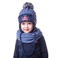 Теплая детская шапочка на мальчика с машинкой