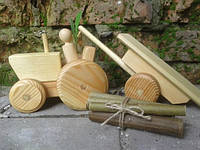 Детская игрушка Трактор разборной из натурального дерева
