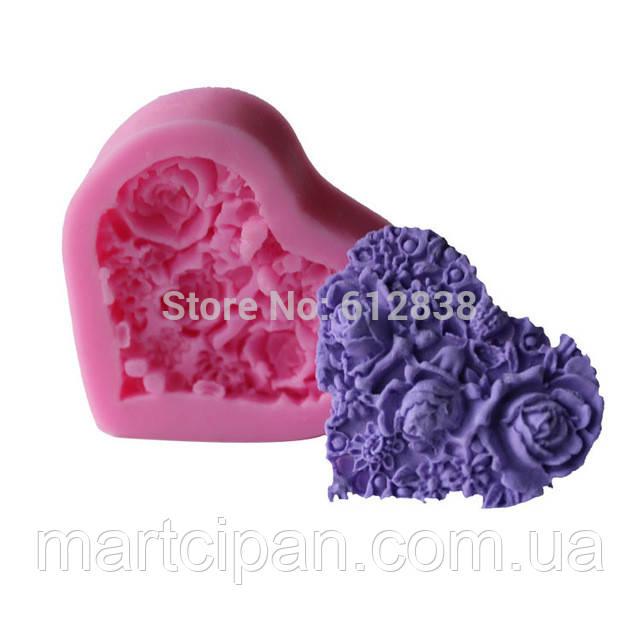 Мыло сердце в цветах
